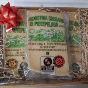 Cesto regalo parmigiano reggiano